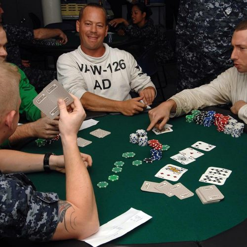 Online gambling: how does it differ from offline gambling, and how is it more advantageous?